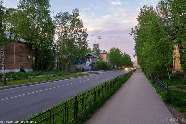 Июньские белые ночи, точнее, вечера, около 22:00)  Ухта