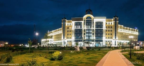 Газпром, подсветка. Улицы города Ухта