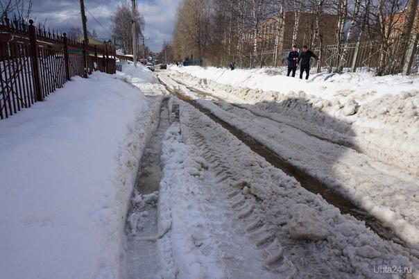 Улица Гоголя после чистки дороги от снега. 28.03.19 Улицы города Ухта