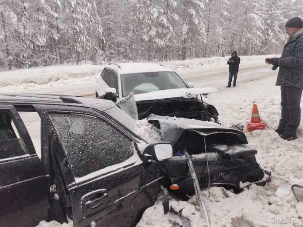 В ДТП на дороге Ухта-Сосногорск пострадали 5 человек  Ухта
