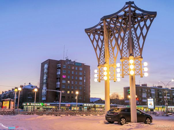 В этом году будет 5 лет, как в Ухте появился голландский карильон, но уже давно он не работает, сбилось программное обеспечение, но обещали наладить в скором времени, ждём) Улицы города Ухта