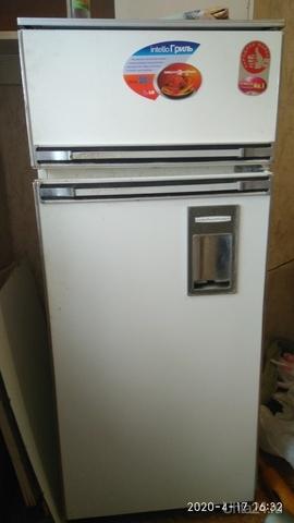 Отдам холодильник Ока, без двигателя. Жду 4 дня потом выкину.Забирать со второго этажа.   Ухта