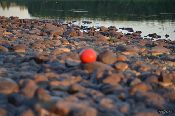 прикиньте,камень красный! Природа Ухты и Коми Ухта