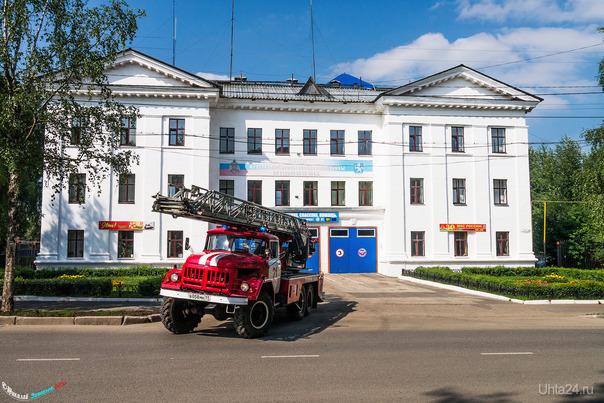 Пожарные Ухты спешат на помощь. Улицы города Ухта