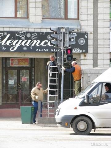 Ухтинские хакеры настолько суровы, что взламывают даже светофоры :) Улицы города Ухта