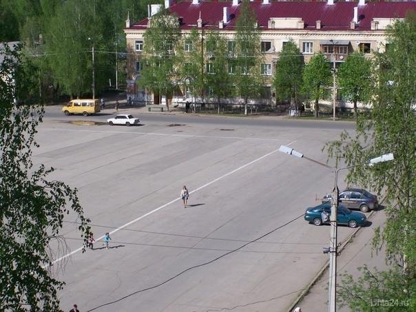 Первомайская площадь. Улицы города Ухта
