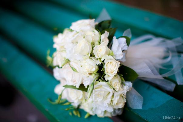 """Мой свадебный букет! Сделан в салоне """"Галерея цветов""""  Ухта"""