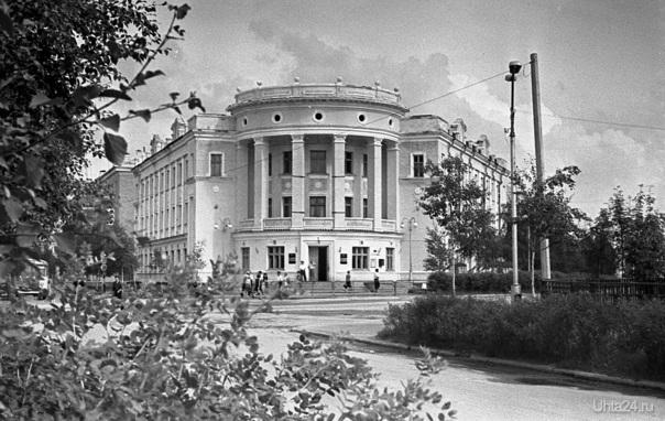 196.г. Лесной техникум. Фото В.Белых.  Ухта