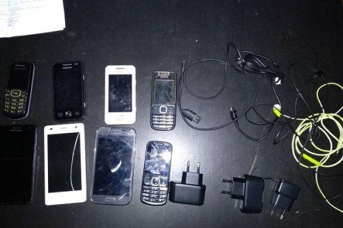 Ночью в колонию пытались перебросить 20 телефонов