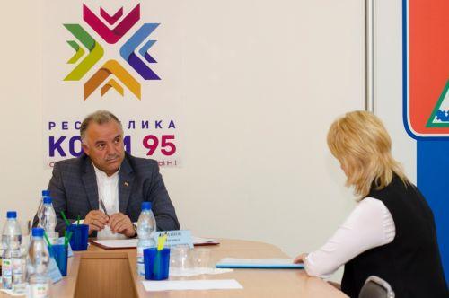 Османов провел первый прием по личным вопросам граждан
